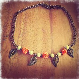 happy uky gargantilla collar rosas y bolitas