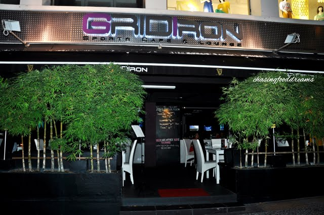 Bangs >> CHASING FOOD DREAMS: GRIDIRON Sports Cafe and Lounge, Bangsar: Nothing Beats a 360 Degree View ...