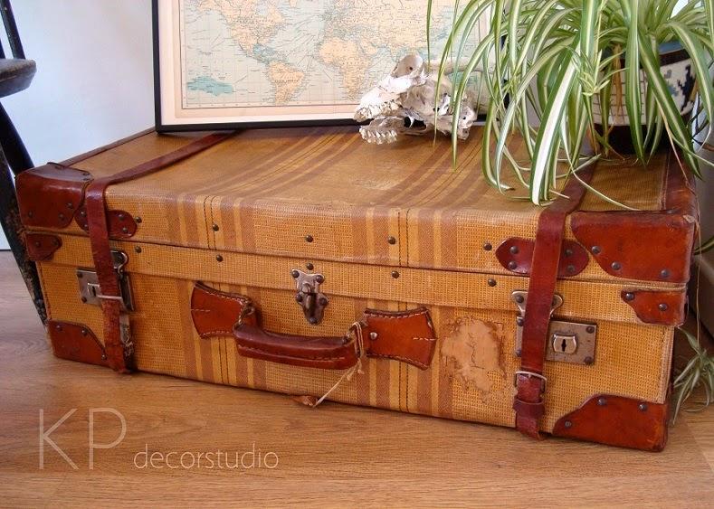 Tienda de maletas antiguas grandes para la decoración del hogar