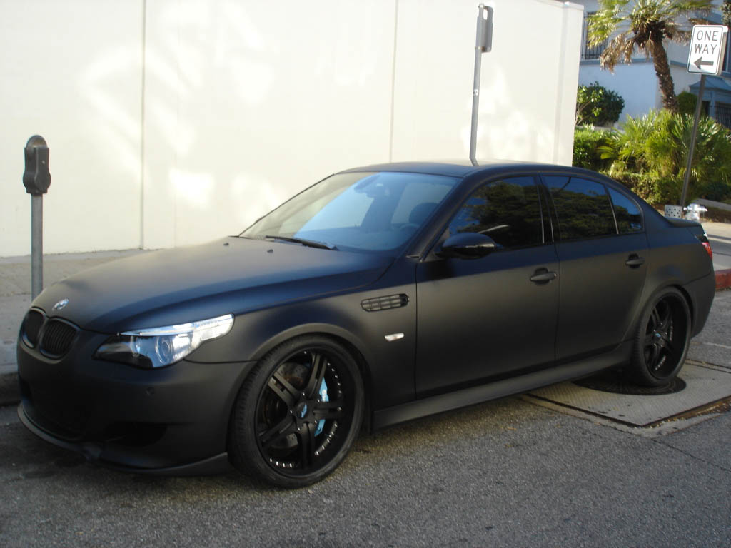 Luxury Black Cars on bmw 12 cylinder