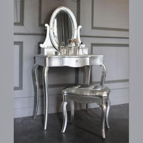 Un tocador para el dormitorio mis secretos de boda events for Coiffeuse blanche maison du monde