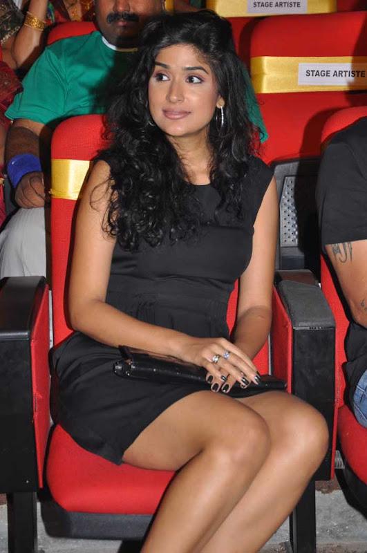 Anjala Zaveri Hot Stills From Paruchuri Awards S