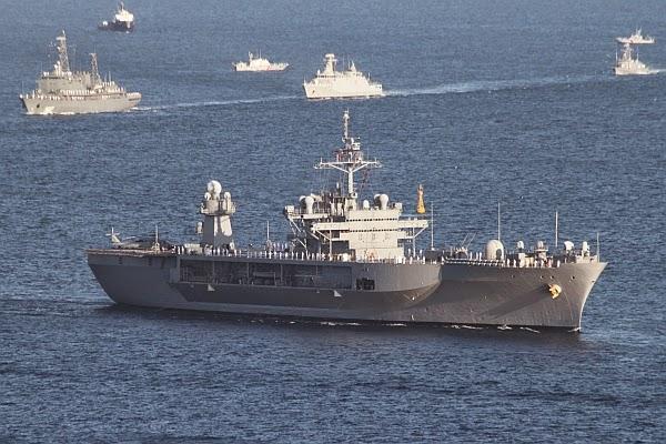 La Marine Royale à la revue navale de Toulon - 15 août 2014 IMG_4781