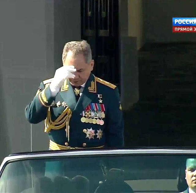 O Sinal da Cruz do Ministro de Defensa Sergey Shoygu: piscada de olhos para os 'companheiros de estrada' no Ocidente