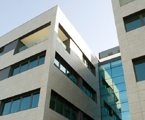 azulejos gres porcelanico extruido para fachadas ventiladas zaragoza