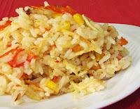 Arroz com Batata Palha, Milho e Pimentão Vermelho (vegana)
