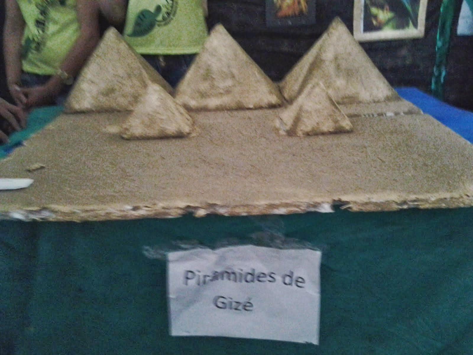 Piramides de Gizé FEIRA DE CULTURA DO NARCISO CORREIA