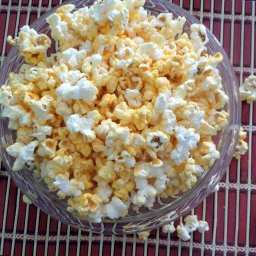 Easy Cheesy Popcorn