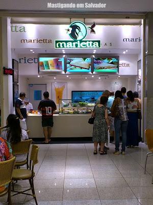 Marietta Sanduíches Leves: Fachada da loja da praça de alimentação do Salvador Shopping