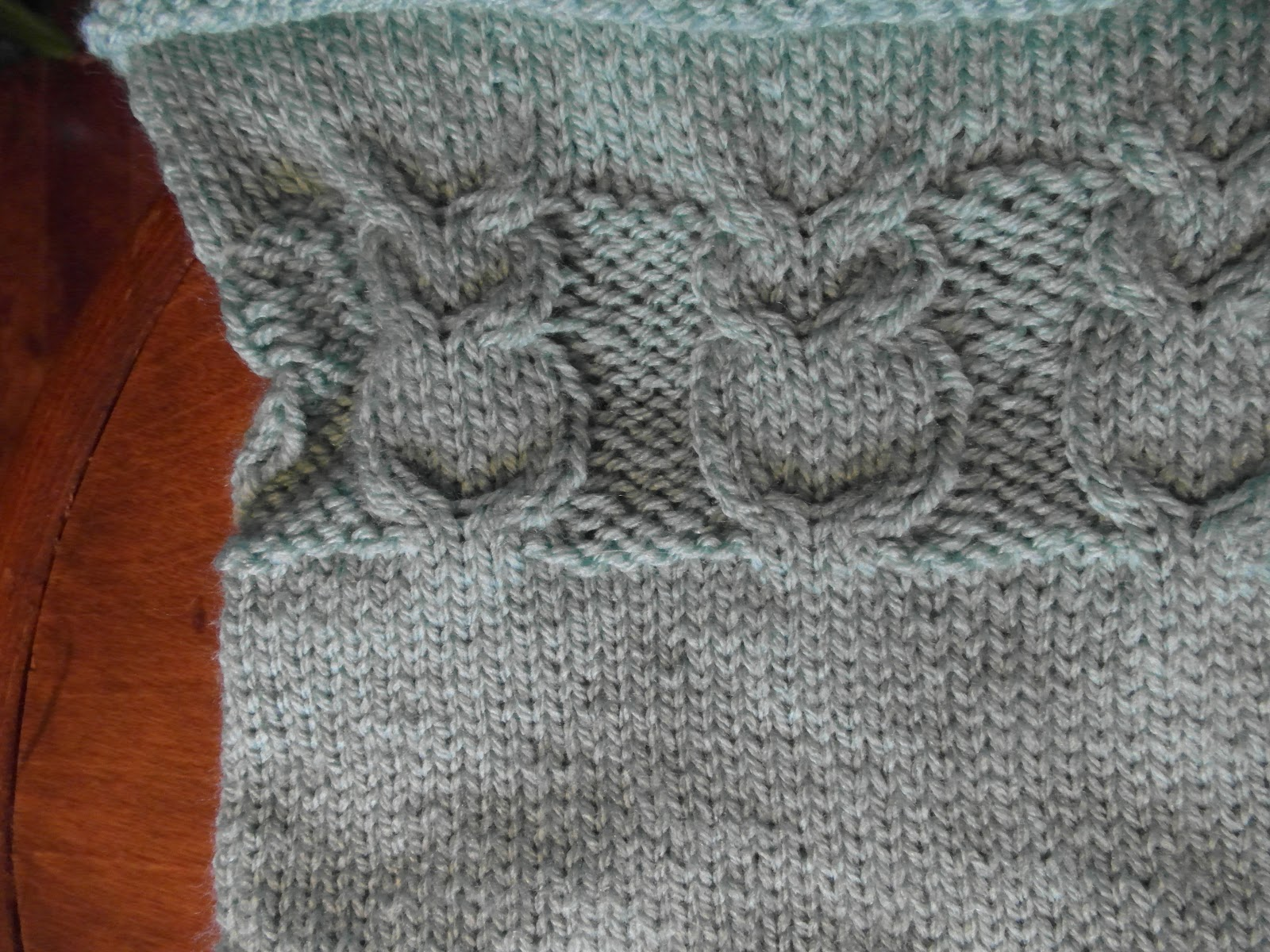 Lazy daisy knits by amanda december 2012 close up of the owl pattern bankloansurffo Image collections