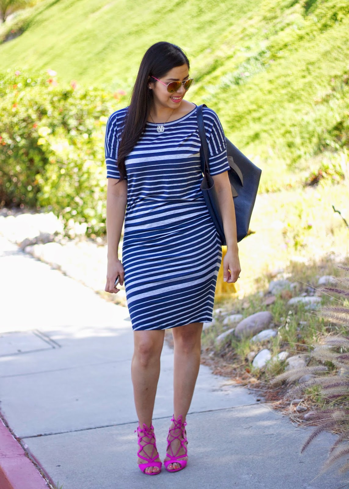 how to wear navy and pink, navy pink and blue outfit, pops of pink in an outfit, navy striped dress