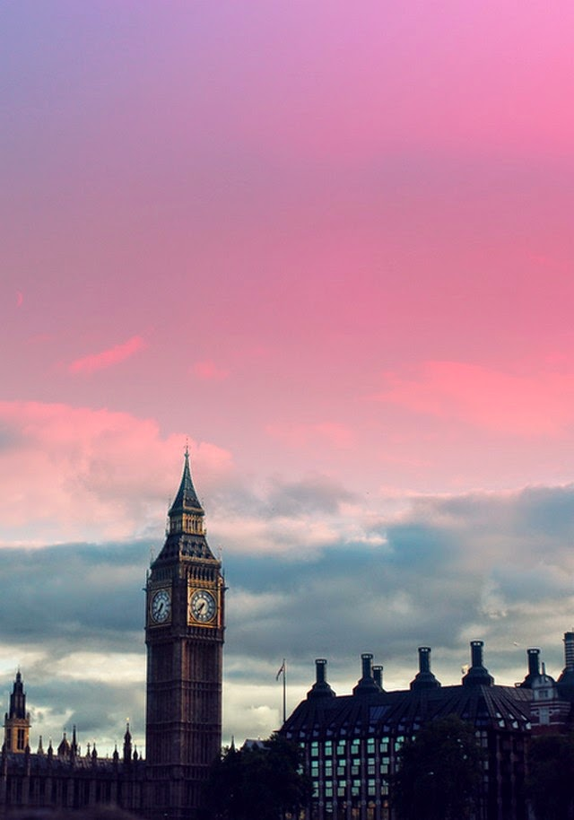 big ben morning sky