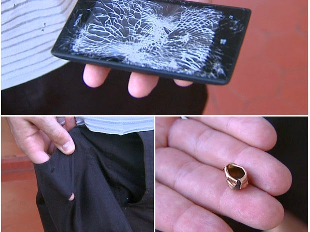 Lumia-520-stops-the-bullet-and-saves-the-officer