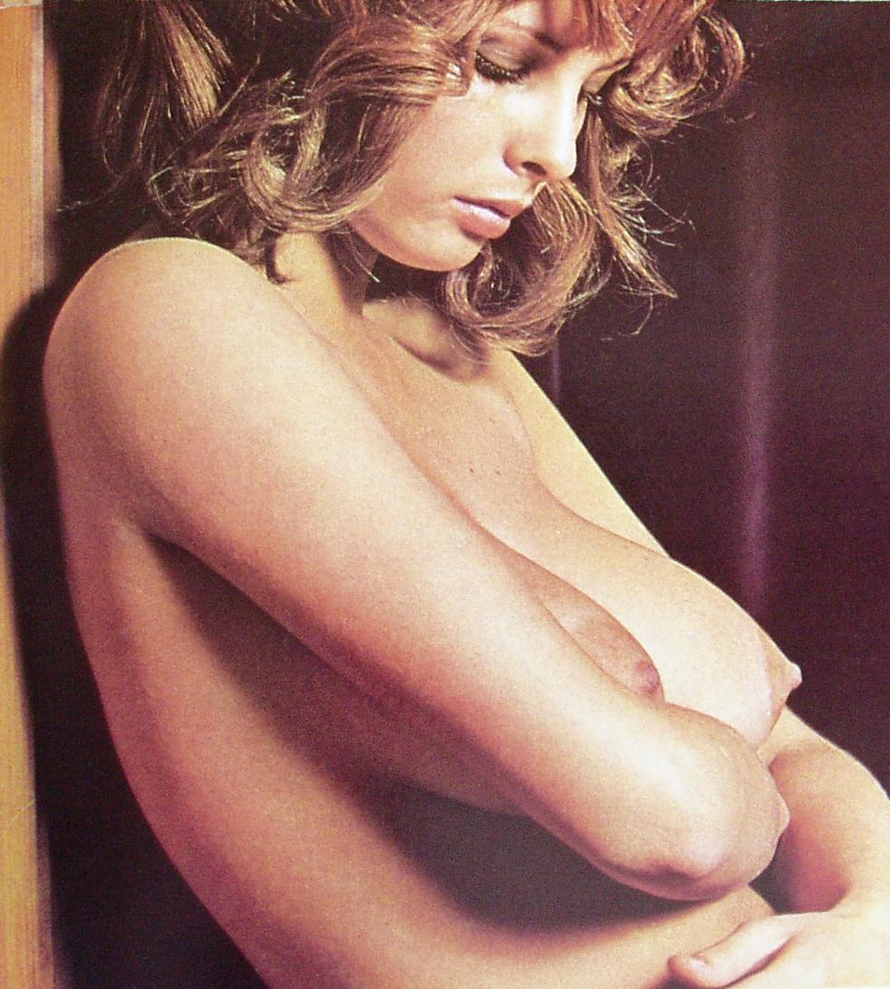 nude Amber valletta