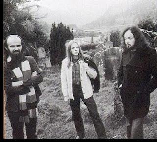 Dan Ar Braz, Pascal Stive et Alan Stivell en 1975