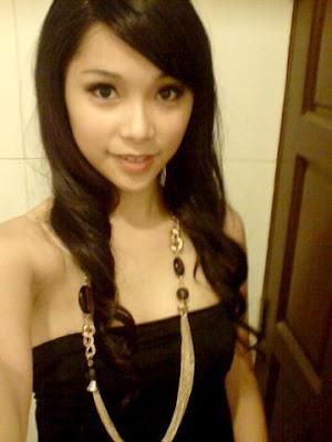 Foto SPG Malaysia super seksi