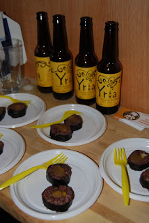 maridaje evento mapache feliz cerveza yria cervezorama sushi morcilla