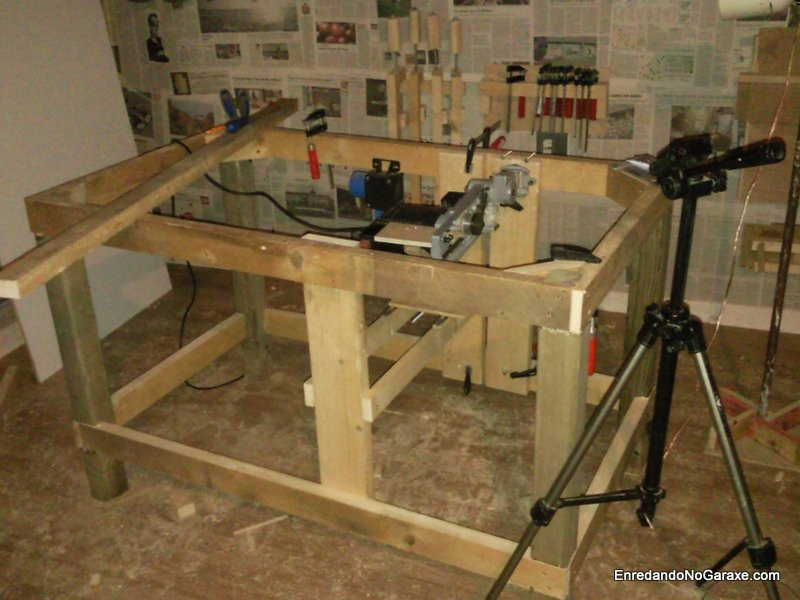 Workbench frame to make the table saw. www.woodworking.enredandonogaraxe.com