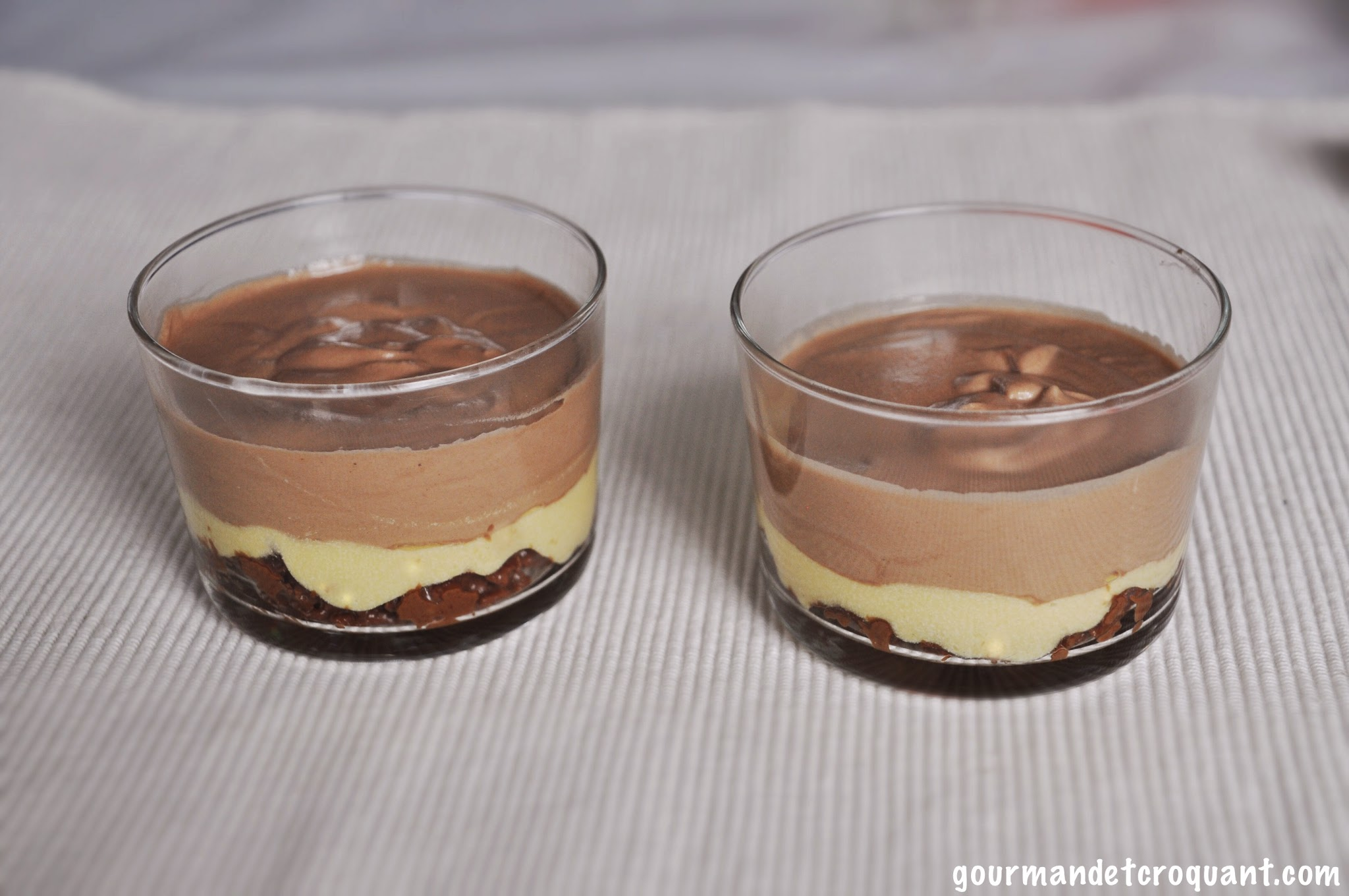 mousse-chocolat-lait-passion-praline-crousti