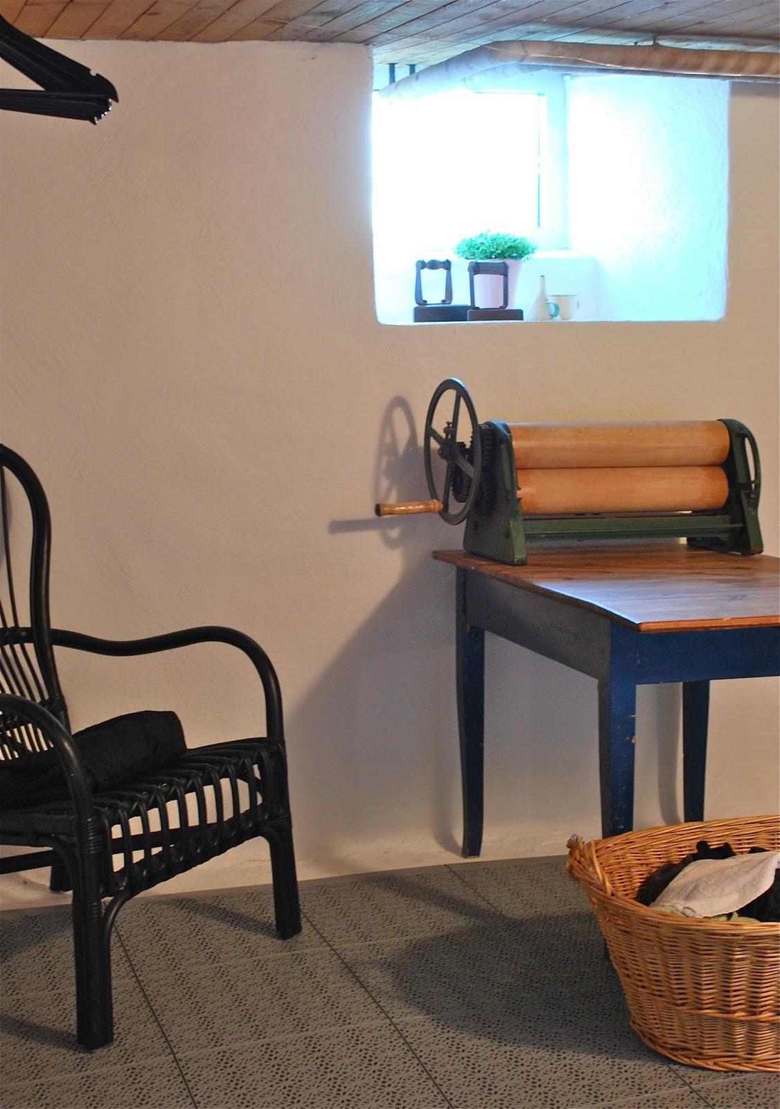 Fröken gröns blogg: före och efter i tvättstugan
