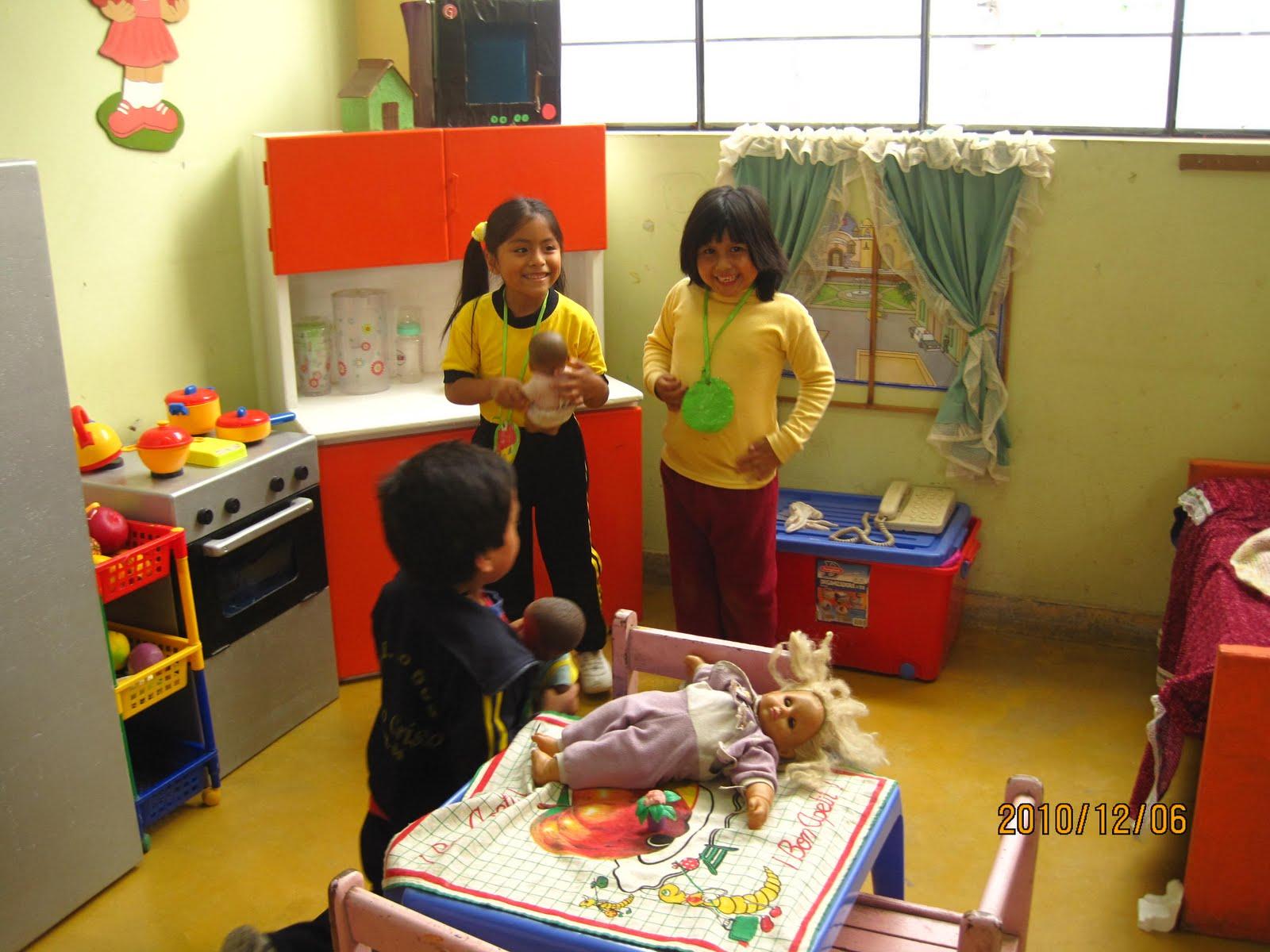 Trabajodecampopelainicial sector de dramatizaci n hogar for Casa articulos del hogar