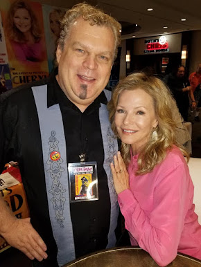 Cheryl Ladd and I at CHILLER THEATRE!