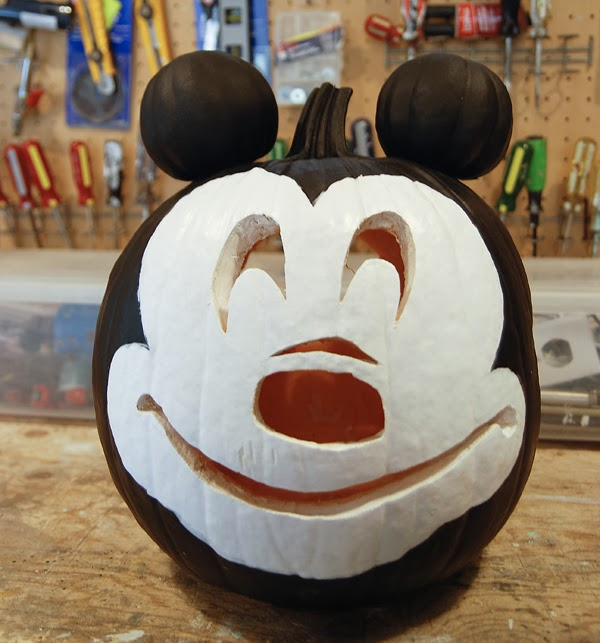 Happy mouse o ween rambling renovators for How to paint a mickey mouse pumpkin