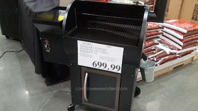 Enjoy fantastic bbq with the Traeger Century Wood Pellet BBQ Grill (model BBQ07C.01)