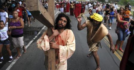 Via sacra dramatizada na COHAB Nova em Limoeiro será o atrativo desta sexta-feira da paixão.