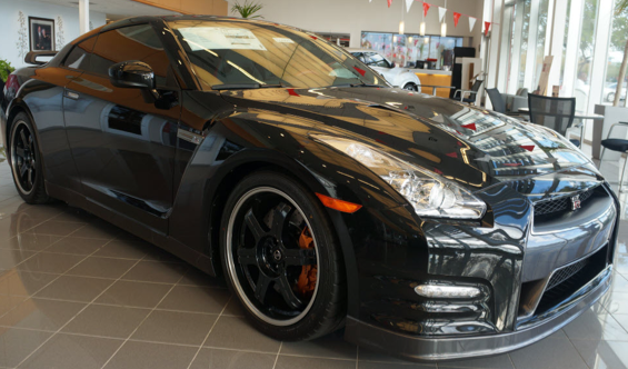 ... Nissan GT R! This 2 Door Coupe Has A 3.8 Liter V6 Engine, 6 Speed  Automatic, Leather Upholstery, Automatic Temperature Control, Heated Door  Mirrors, ...