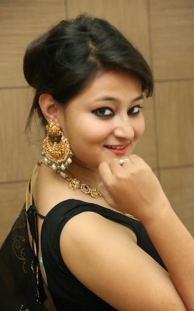 Nilofar Beautiful Indian Model in Transparent Black Designer Saree and Black Blouse at Hiya Jewellers Curtain Raiser