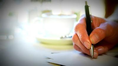writing-love-letter.jpg