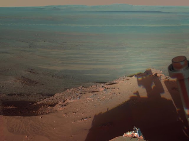 Foto da cratera Endeavour em Marte tirada pela sonda Opportunity
