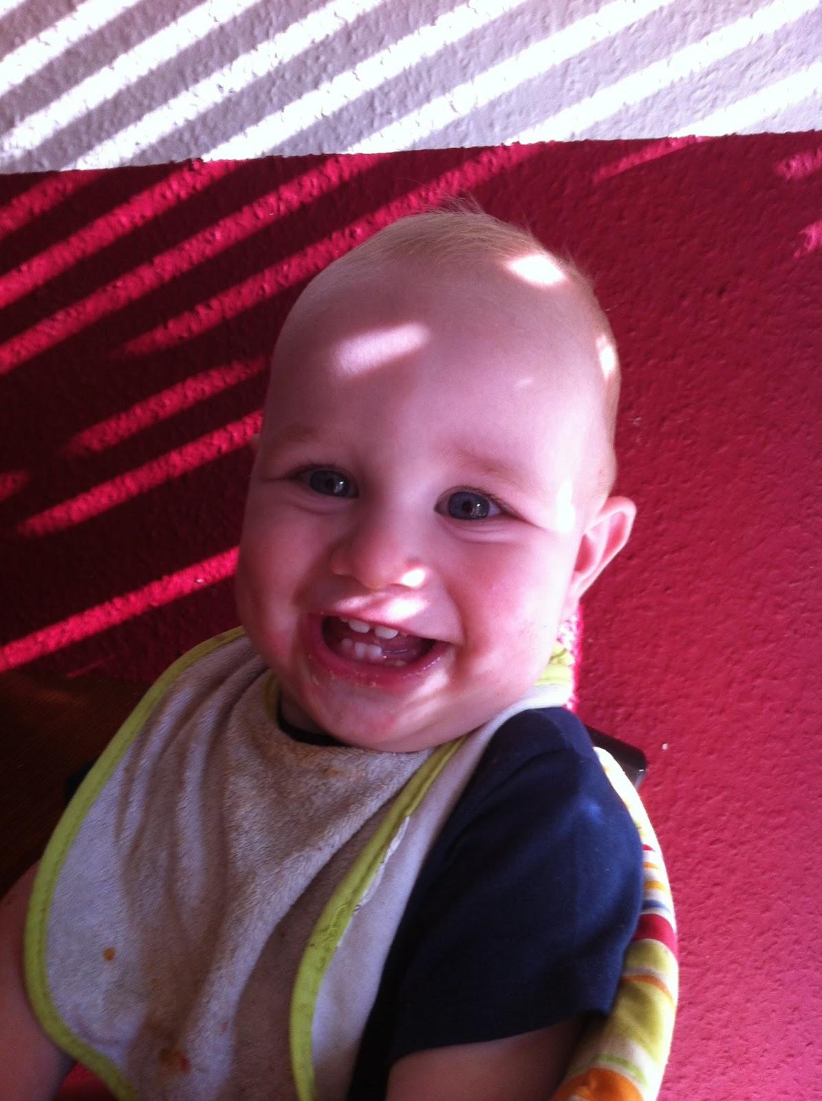 Baby auf Tripp Trapp
