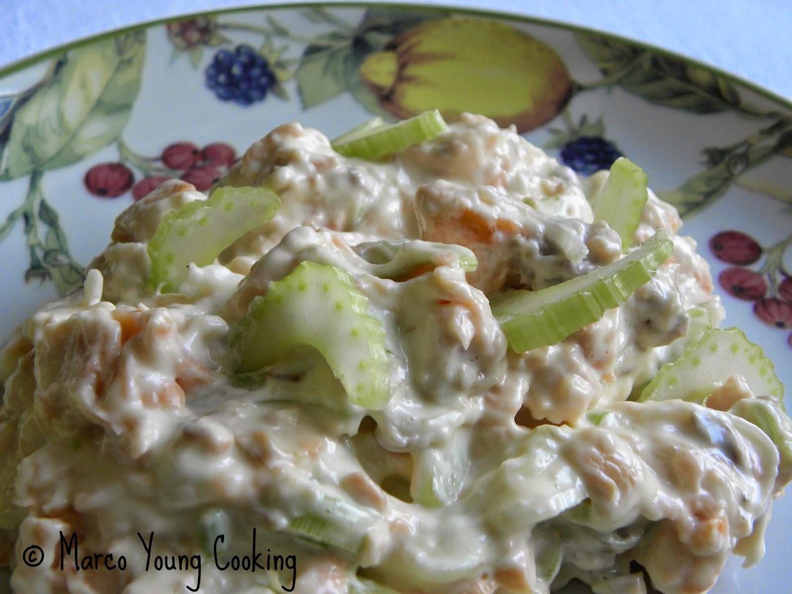 ricetta insalata di salmone e sedano