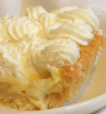 Banana Cream Pie With Cookie-crumb Crust ~ Is Yummy