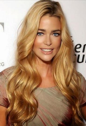 warna rambut pirang untuk kulit kuning langsat