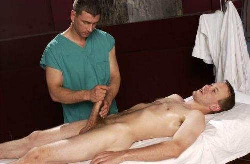 http://1.bp.blogspot.com/-k2RCUAsTNKE/UQJpo6S5nuI/AAAAAAAAm10/Lz7h4QkP_Rs/s1600/DR-patient1.jpg