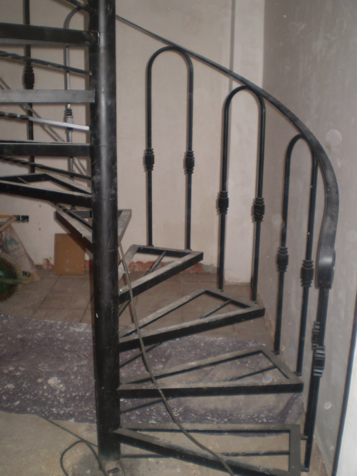 Escalera De Caracol Precios Perfect Construir Escalera De Hierro  ~ Precios De Escaleras De Caracol