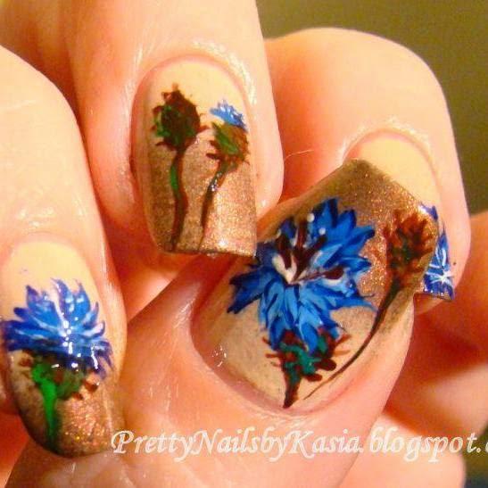 http://prettynailsbykasia.blogspot.com/2014/10/31dc2014-day-14-flowers-cornflowers.html