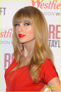 Taylor Swift red dress and lipstick 2013