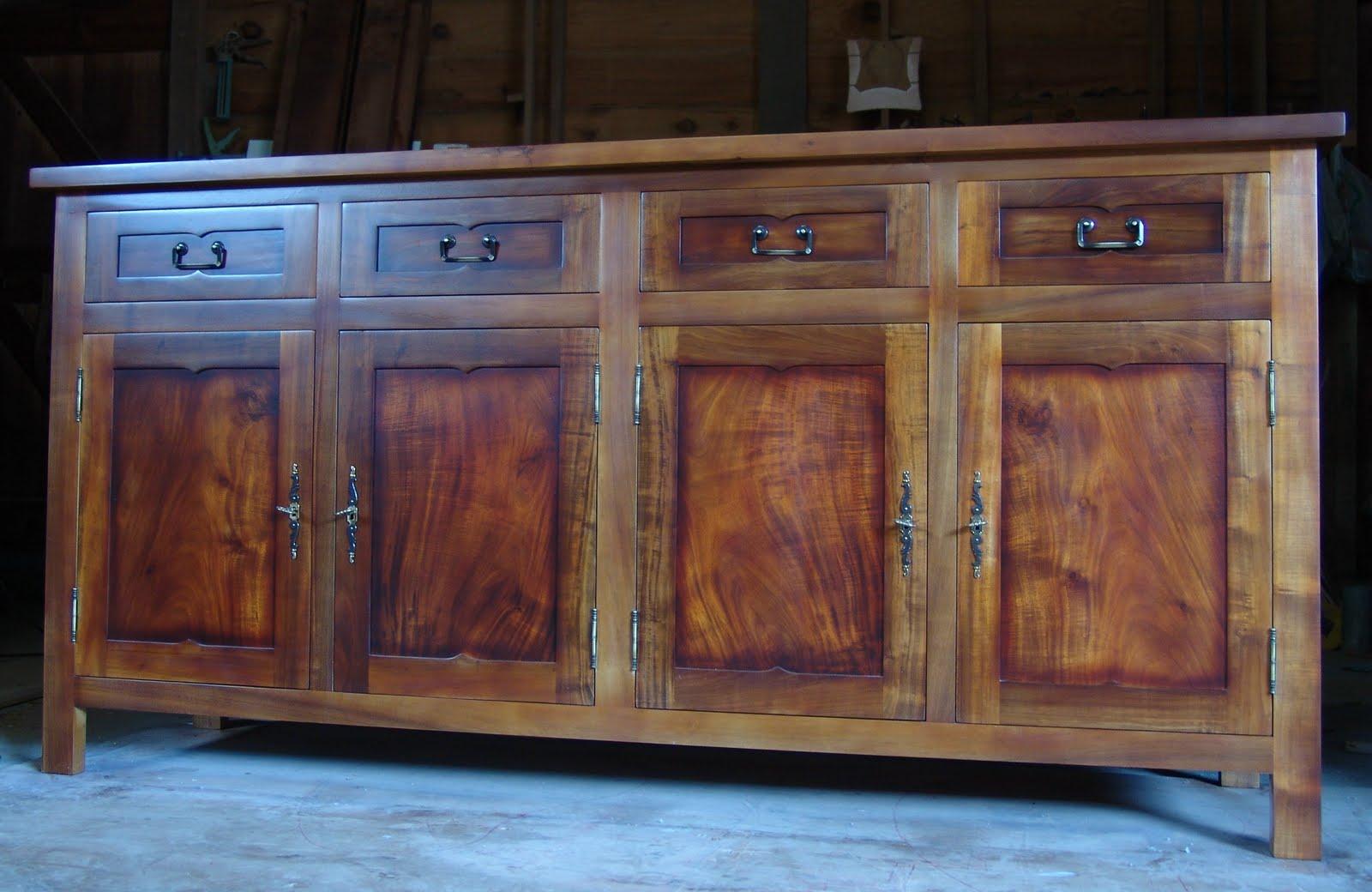 meubles cr oles l 39 artisan du bois. Black Bedroom Furniture Sets. Home Design Ideas