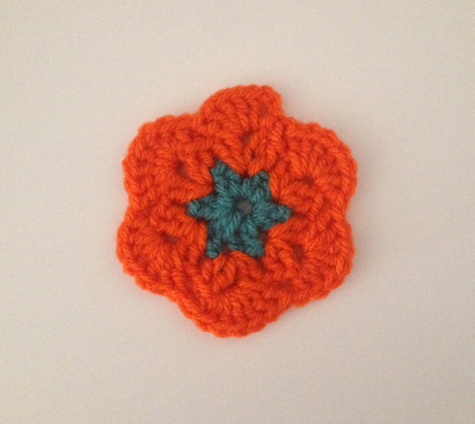 Flor de lana de crochet