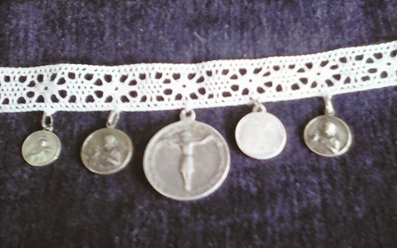 O desv n vintage do pereiro medallas religiosas - Desvan vintage ...