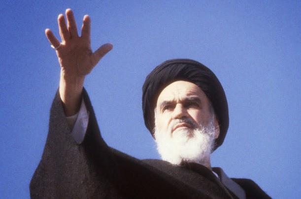 Imam Syiah Khomeini Melebihi Nabi