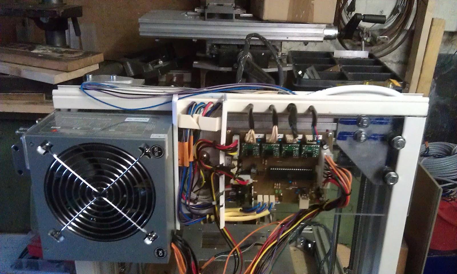 3D-Drucker im Eigenbau: Anschluss der Schrittmotoren, Endschalter ...