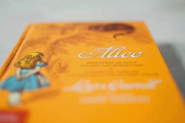 Alice no Pais das Maravilhas ( Alice in Wonderland)
