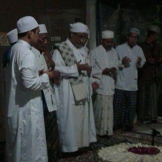 Haul Ke-4 KH. Imam Yahya Mahrus Diikuti Ribuan Santri dan Alumni