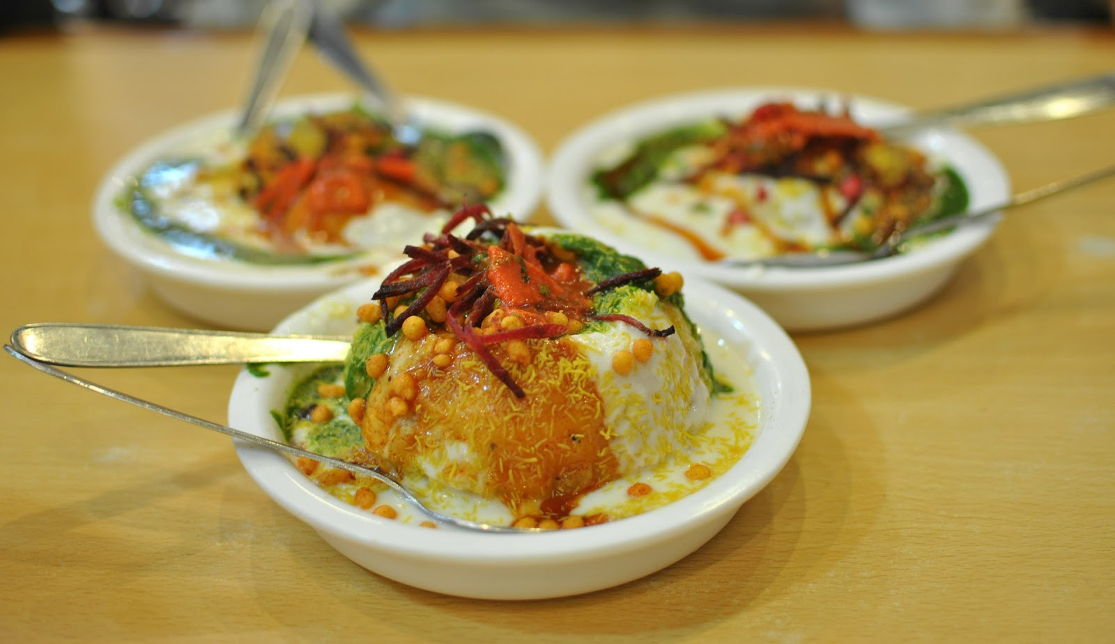 Every DELHI FOODIE should have this list of CHAAT PLACES on their 'to visit list'. 2