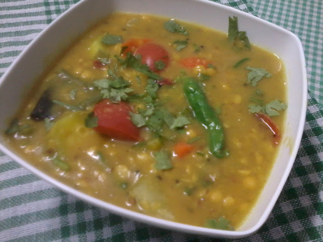 Dalma - Lentils Brewed With Veggies